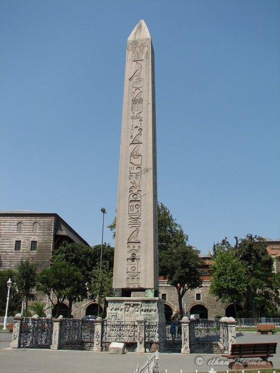 Dikilitaş/Obelisk